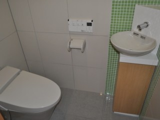 十文字MO邸 トイレ 洗面台